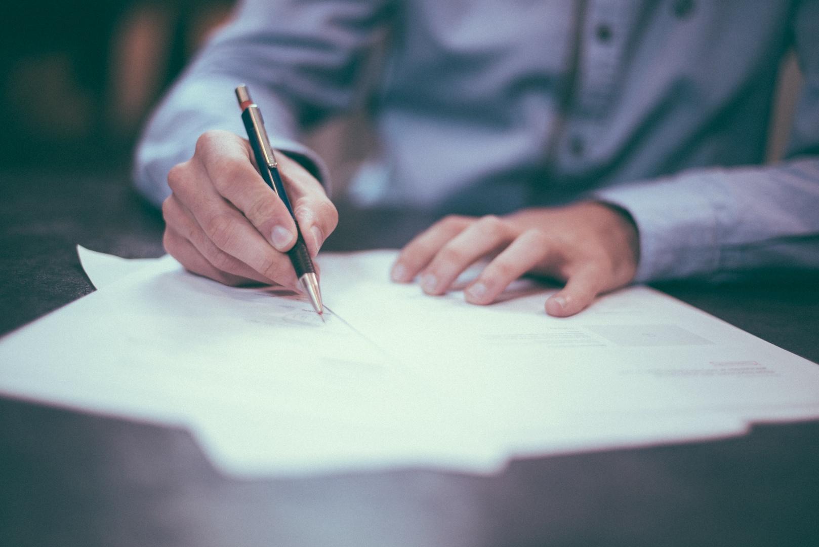 Asesoramiento Administrativo, Civil, Mercantil y Penal